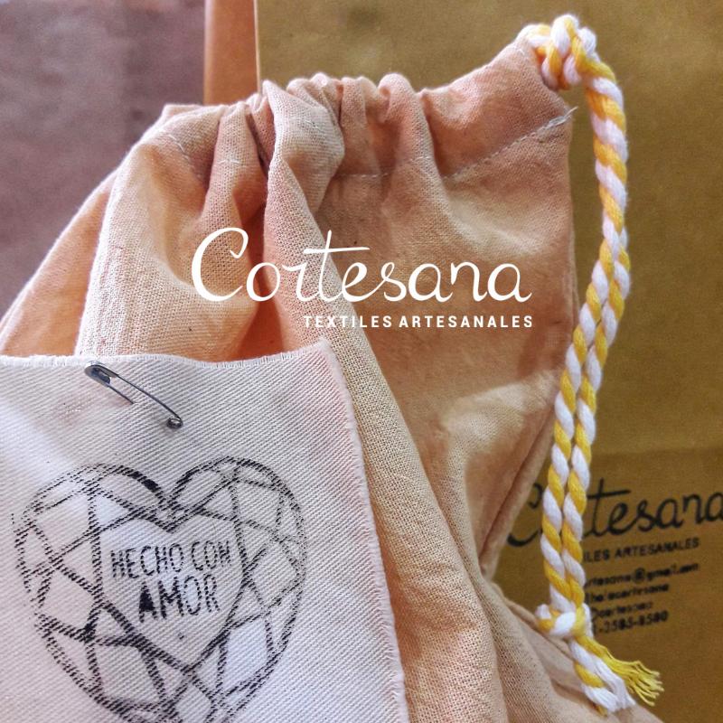 Cortesana textiles artesanales